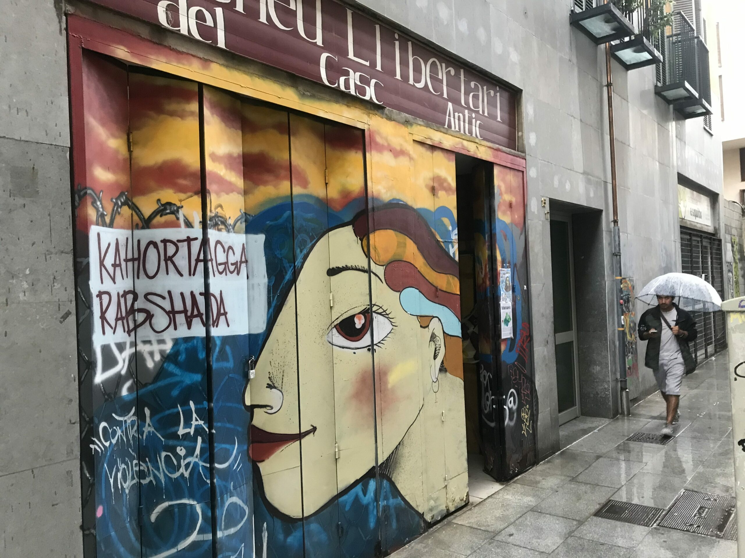 Amazing Artwork Shutters the Storefronts of Barcelona